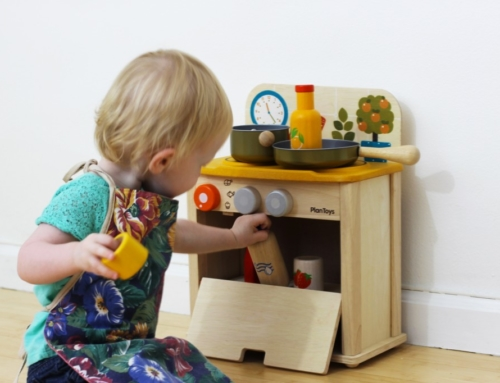 Encourage your toddler's creative play
